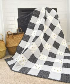 This week we are starting our fabric tour for and today we have Sachiko from joining us with this beautiful baby quilt. The blacks and whites in this fabric line make the most beautiful blenders too! Gingham Quilt, Let Them Be Little, Instagram Widget, Beautiful Babies, Baby Quilts, Black And White, Sewing, Blenders, Fabric