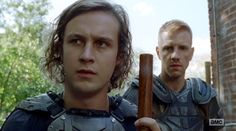 Logan Miller as Benjamin, Daniel Newman as Daniel  | The Walking Dead, Season 7, episode 13, Bury Me Here