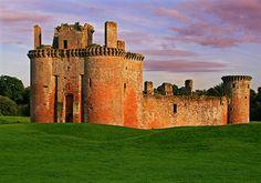Stunning photograph of Caelaverock Castle, Dumfries & Galloway.  Fantastic historic wedding venue.  Image from Charlottebrettphotography.