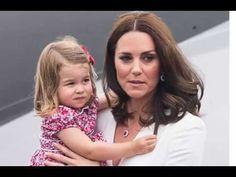 Кейт Миддлтон с дочерью ВЫШЛА ИЗ САМОЛЕТА,  И все обратили внимание НА ОДНУ ДЕТАЛЬ… ШОК! - YouTube