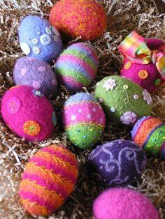 Easter-craft ideas-Egg Needle felt work