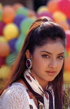 Official Website of Divya Bharti : The Exclusive Archive of Divya Bharti, Hindi Films, Wallpapers, Galleries, News and Death Controversy. Bollywood Actress Hot Photos, Beautiful Bollywood Actress, Most Beautiful Indian Actress, Actress Photos, Beautiful Actresses, Hot Actresses, Indian Actresses, Indian Actress Gallery, Vintage Bollywood