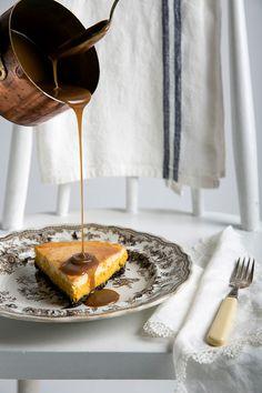 Cheesecake de calabaza con salsa de caramelo