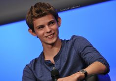 Robbie Kay - Fairy Tales 2 Convention (Once Upon A Time) #OUAT #FT2
