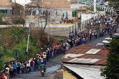 Venezuela está à beira do colapso devido a queda do preço do petróleo | #Chavismo, #Economia, #FridaGhitis, #HugoChávez, #NicolásMadur, #Petróleo, #Venezuela