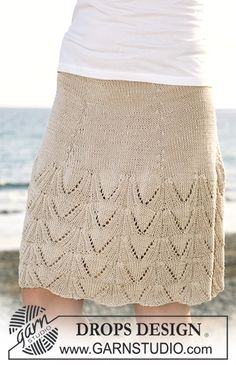 "Knitted DROPS skirt with lace pattern in ""Muskat"". Size S - XXXL. ~ DROPS Design"