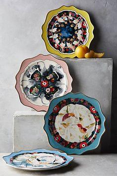 Plumed Crest Dessert Plate