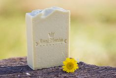 Natural soap, olive oil and orange blossom.
