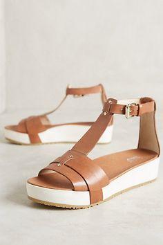 Dr Scholl s Fraser Flatforms  anthropologie Cute Shoes, Cute Sandals, Flat  Sandals, Me 78f804fa1e