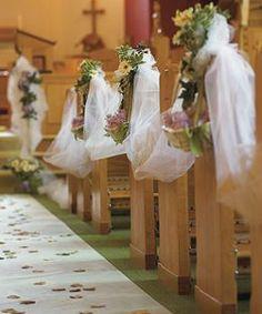Tulle Wedding Decorations – Decorating Your Wedding Elegantly