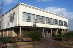 Doncaster Museum & Art Gallery, South Yorkshire - DayTripFinder