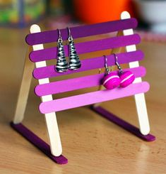 12 Mother's Day Crafts to Make with Craft Sticks is part of Craft stick crafts - Craft Sticks or Popsicle Sticks are incredibly versatile! So bring them all out to make some fun and easy Mother's Day Crafts for Mom! Kids Crafts, Easy Mother's Day Crafts, Mothers Day Crafts, Cute Crafts, Craft Stick Crafts, Crafts To Do, Craft Projects, Craft Sticks, Creative Crafts
