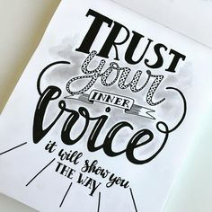 34 vind-ik-leuks, 1 reacties - Annemieke Nijenhuis (@echt_miek) op Instagram: 'A lot of inspiring women I know trust their inner voice. I admire that and should trust mine more…'
