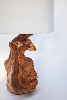 De raiz - design e arte: Candeeiros de mesa - Oliveira antiga                                                                                                                                                      Mais
