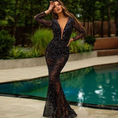 Cheap Party Dresses, Party Dresses Online, Sexy Dresses, Beautiful Dresses, Beautiful Clothes, Sequin Evening Dresses, Evening Gowns, Evening Party, Elegant Woman