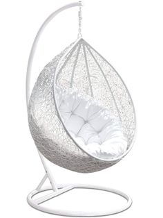 Escape to an exotic island of serenity with the cloak swing chair. Made with a luxurious synthetic rattan weave, cloaks make it easy to immerse yourself in a good book. Cloak comes with a sturdy powder-coated steel frame & hanging chain appa. Cute Bedroom Ideas, Cute Room Decor, Room Ideas Bedroom, Home Decor Bedroom, Swing Chair For Bedroom, Egg Swing Chair, Swinging Chair, Swing Chairs, Hanging Chair With Stand