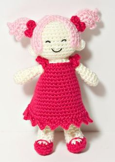 doll by NeedleNoodles, via Flickr - Picmia