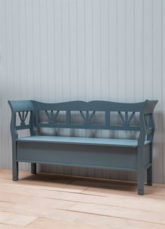 Our beautiful Large Hungarian Settle Storage Bench is steeped with character. Crafted from European Spruce and a hinged lid for storage, it can seat up to 4 people.