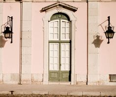 Pink Portugal | Plum Pretty Sugar  Lisbon