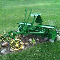 John Deere Horse Drawn Disk Farmall Tractors, Old Tractors, John Deere Tractors, Antique Tractors, Vintage Tractors, Vintage Farm, Tractor Pictures, Farm Pictures, John Deere Equipment
