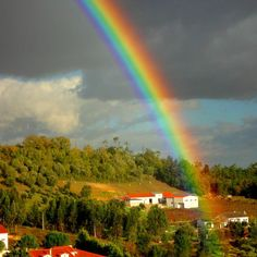 View from my window    #goodmorning  #goodluck  #bomdia #rainbow  #arcoiris  #colors🎨  #phototheday  #photoofday  #photooftheday  #fotododia  #photographylovers  #photography  #instagram  #instagood  #nature  #natureza  #landscape