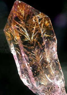 Goethite inclusions inside a crystal of amethyst from the Tamil Nadu area of India