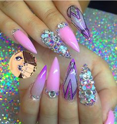 For more gergeous nails like this follow Janie Baby!