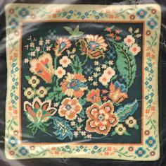 """VINTAGE 1982 DIMENSIONS """"BAROQUE FLORAL PILLOW"""" NEEDLEPOINT KIT ~ SEALED"""