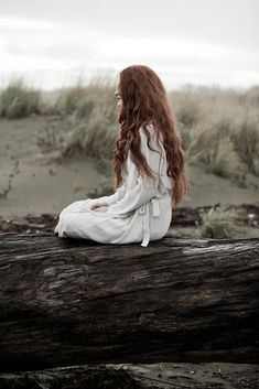 Image uploaded by Strange Deja Vu. Find images and videos about photography, hair and dress on We Heart It - the app to get lost in what you love. Story Inspiration, Writing Inspiration, Character Inspiration, Fashion Fotografie, The Little Mermaid, Redheads, The Outsiders, Art Photography, Fantasy