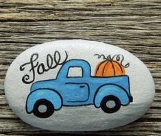 Rock Autumn Painting, Pebble Painting, Autumn Art, Pebble Art, Stone Painting, Rock Painting Ideas Easy, Rock Painting Designs, Inspirational Rocks, Halloween Rocks