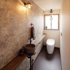 モロッコインテリアとは?魅力や作るためのポイントをご紹介☆ | folk Mini Bad, Outdoor Toilet, Morrocan Decor, Ideal Bathrooms, Toilet Design, Bathroom Design Small, Under Stairs, Washroom, Clawfoot Bathtub