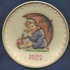 1982 Hummel Annual Plate - Goebel -  Umbrella Girl