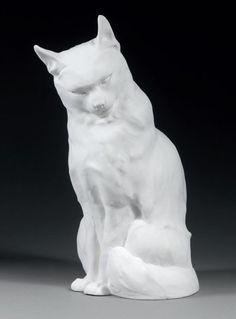 Edouard-Marcel SANDOZ (1881-1971) - Chat assis, dit Chat n°1. Epreuve en biscuit de Sèvres marqué du cartouche de la manufacture S-1921. Signé. Hauteur : 35 cm.