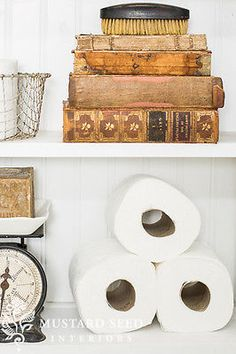 How to inject big style in a small bathroom space