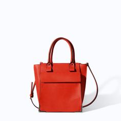 Image 1 of SHOPPER WITH POCKET from Zara