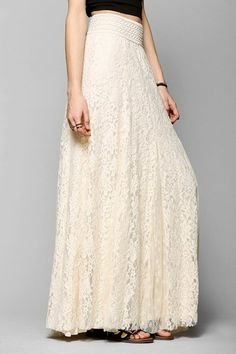 lace maxi skirt in cream