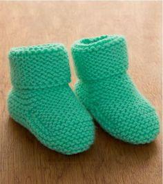 Minty Garter Stitch Baby Booties | AllFreeKnitting.com