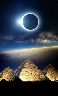 Doing Well on the AP World History Test – Viral Gossip Egypt Tattoo, Ancient Egypt History, Fantasy Art Landscapes, Beautiful Moon, Egyptian Art, Nature Photography, Scenery, Pyramids Of Giza, Pictures