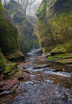 The Devils Pulpit in Finninch Glen, Scotland by Barry Hughes via Flickr