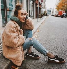 See this Instagram photo by /vanellimelli/ •   Sneaker Style | Fur | Fishnets | Puma | Women | Street Style | Messy Bun | Jeans