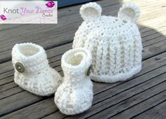 Free Crochet ribbed hat and booties set Pattern - Would love to crochet these for my new cousin!