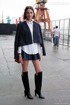 PHOTOS - Cris Herrmann usa casaco Narciso, camisa Topshop, saia American Apparel e bota Zara