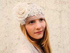 Twenties-style bridal headpiece by E.so.za