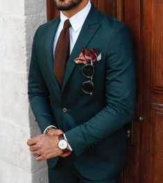 men's fashion suits for business wardrob men's fashion recommended items style inspiration men's awesome hairstyles made Mens Fashion Suits, Mens Suits, Mens Custom Suits, Fashion Fashion, Groom Suits, Fashion 2020, Groomsmen, Fashion Ideas, Wedding Men