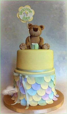 Teddy Bear Baby Shower Cake.... The bottom remind me of the rainbow fish book