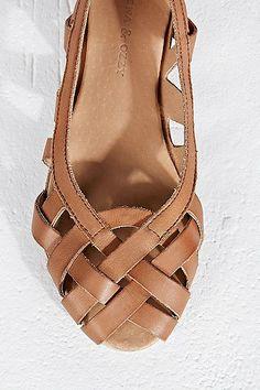 Deena & Ozzy Hettie Cut-Out Ballerina Flat Shoes