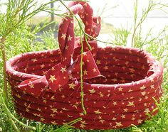 How to Make a Rag Basket · Home and Garden | CraftGossip.com