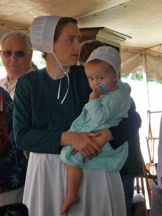 Amish And Pregnant: 15 Things They Do Differently