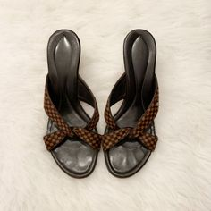 15d1a955f 10 Best Louis Vuitton slides images