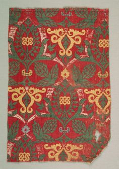 Curving Vine with Palmette Leaves, 1400s Spain, Granada ?, Islamic period, Nasrid period, 15th century lampas: a combination of two weaves, satin weave and plain weave; silk, Overall - h:29.90 w:20.00 cm (h:11 3/4 w:7 13/16 inches).